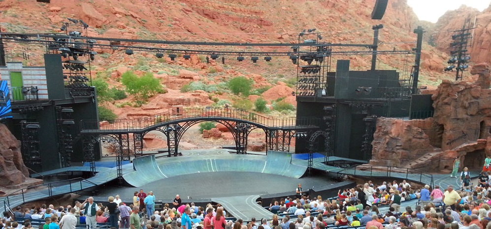 "Tuacahn, Utah's ""Broadway in the Desert"""